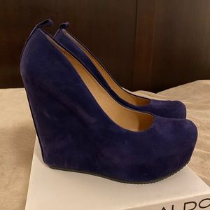 Aldo purple suede Calcagni wedges